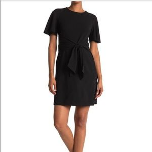 DONNA MORGAN Flutter sleeve Waist tie dress